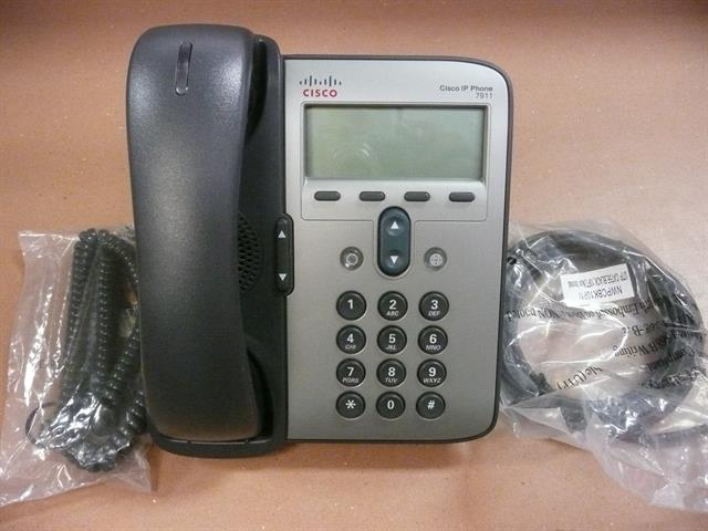 Cisco Unfed IP CP-7911G Enhanced Basic VoIP Telephone with Display image