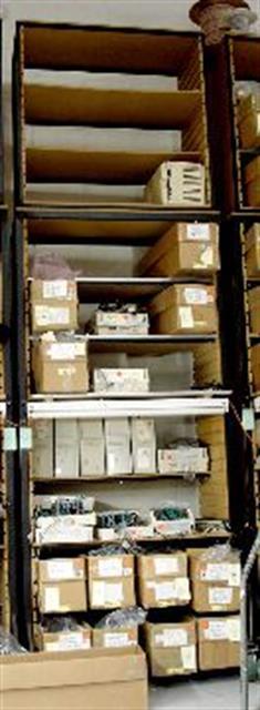 Adjustable Shelves Mobile image