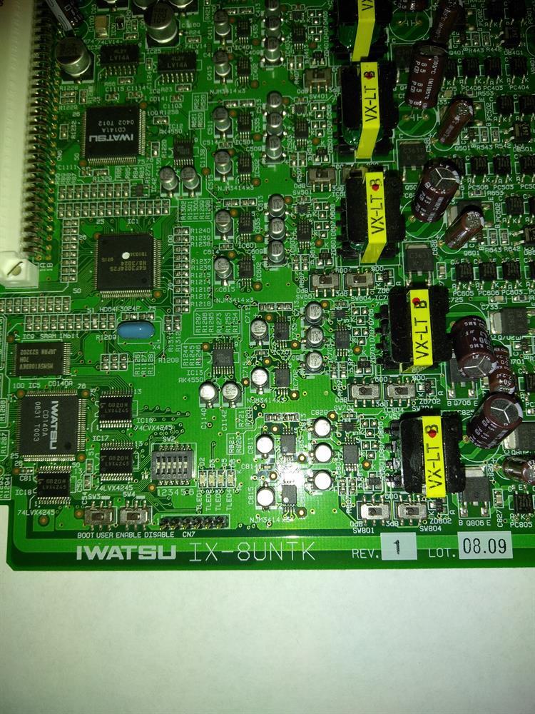 Iwatsu ECS IX-8UNTK 101580 8 Port Universal Trunk Circuit Card image